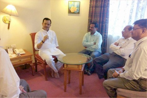 bhayuji-maharaj-with-kishore-shitole-bjp-party-political-leader