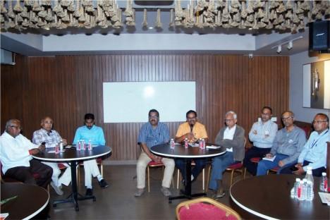 ca-meet-of-deogiri-bank-aurangabad-kishore-shitole-with-all-members-of-deogiri-bank