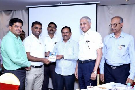 deogiri-bank-board-of-directors-with-kishore-shitole-aurangabad