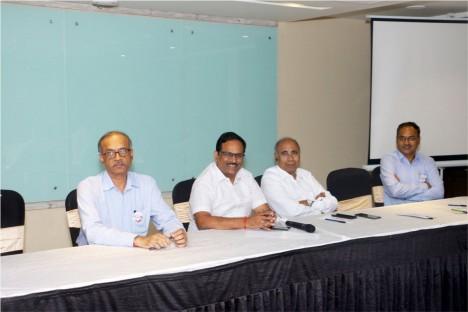 kishore-shitole-with-deogiri-bank-panelist-aurangabad-political-leader