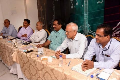 political-leader-deogiri-bank-chairman-kishore-shitole-with-director-panel-of-deogiri-bank-aurangabad